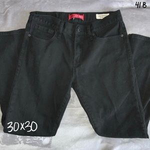 Black Slim Straight Guess Jeans